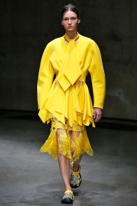 SS 2018 Christopher Kane Collection Bright Yellow - Hapar's Bazaar - Pic: Getty Images
