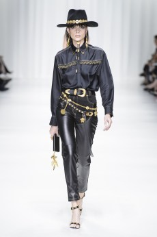 Wild West Revived - Versace - Vogue runway SS 2018 Indigital t.v.