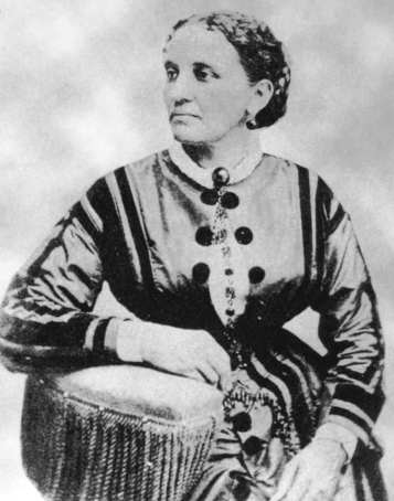 First Black American designer Elizabeth keckley - 1850