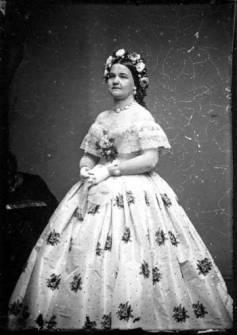 Mary Todd Lincoln- Dress created by Elizabeth Keckley - civilandwartime.wordpress