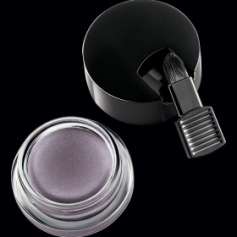 Color Stay Revlon 24 hr Eye shadow www.revelon.com